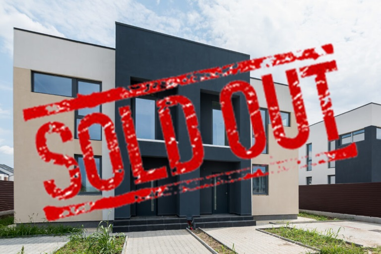 The Tale3_SoldOUT_Click4home