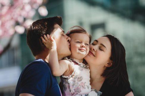 Click4Home_petreci cu familia ta