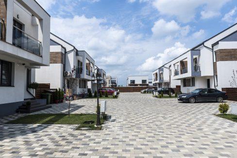 Spații verzi, locuri dedicate pentru joacă - Ansamblu Rezidențial Tunari - Click4Home